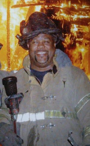 Veteran Detroit firefighter Walt Harris of Engine 23 in Detroit died while battling a blaze at a vacant house on the city's east side on Nov. 15, 2008.