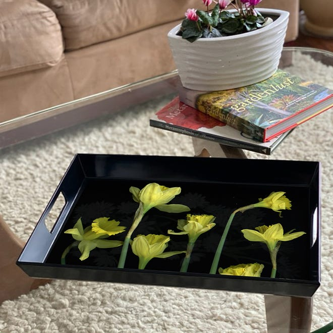 Laurie Tennent created this tray.