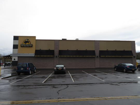 The Buffalo Wild Wings in Ithaca has closed permanently.