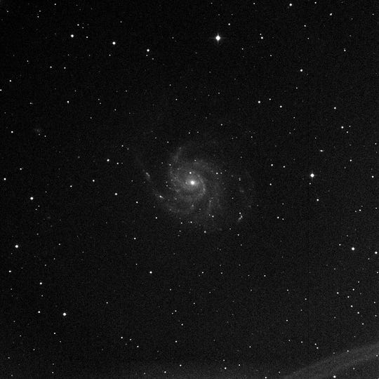 A 30 second image and a long term, refined version of the M101 spiral galaxy. This is close to what participants will see at the live event.