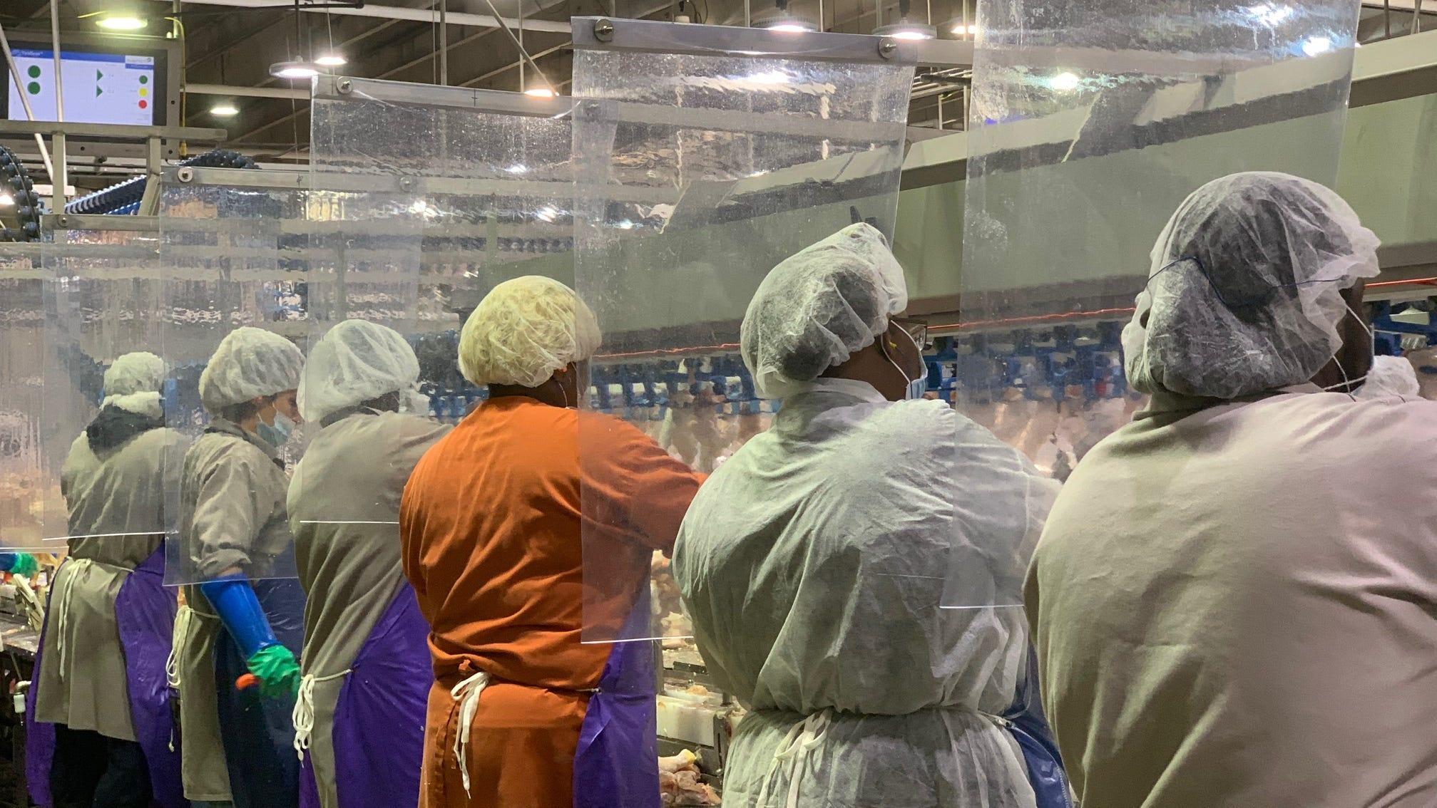 Coronavirus outbreaks climb at U.S. meatpacking plants despite protections, Trump order