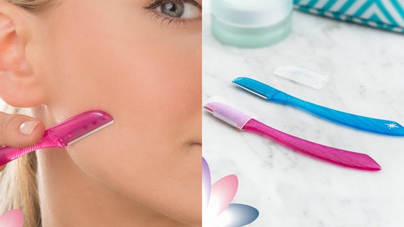 Remove unwanted hair and dead skin with the Schick Silk Touch-Up Multipurpose Exfoliating Dermaplaning Tool.