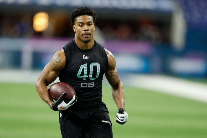 Mar 1, 2020; Indianapolis, Indiana, USA; Southern Illinois defensive back Jeremy Chinn (DB40) goes through pass catching workout drills during the 2020 NFL Combine at Lucas Oil Stadium.
