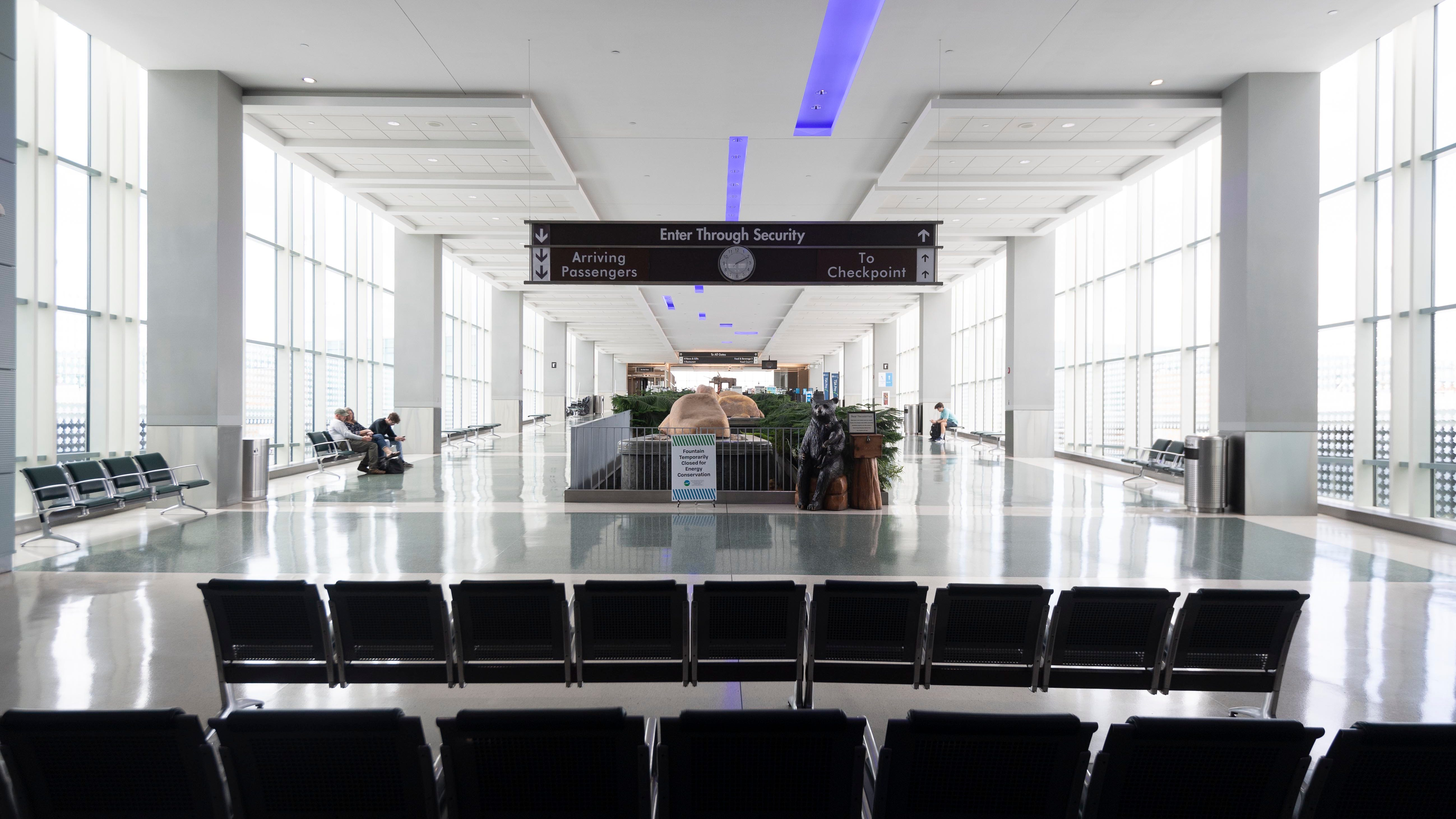 McGhee Tyson Airport's traffic took a shocking hit in 2020