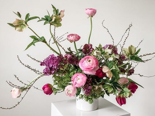 Team Flower supports florists in 50 states and 30 countries, totalingabout 3,500 members.