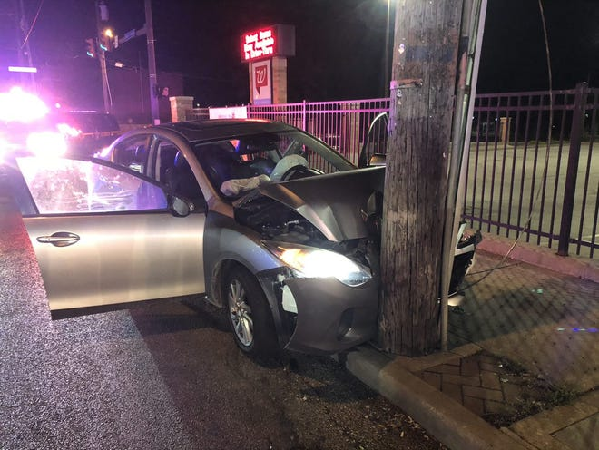 Three teens led Mount Healthy police on a chase before crashing into a pole Thursday, officials said.