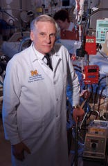 Retired surgeon Dr. Robert Bartlett helped pioneer technology that takes over the heart and lung functions of an exhausted patient, allowing them more time to recover.