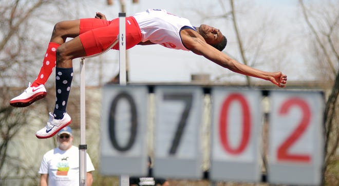 One of the great moments in the recent history of the Mehock Relays came in 2009 when Erik Kynard of Toledo Rogers cleared 7 ft 2 3/4 inches to break the state high jump record. He went on to become an Olympic silver medalist.