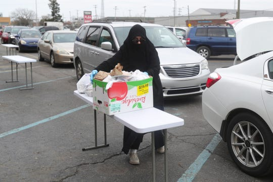 Food was passed out to residents at the Islamic Center of Detroit Friday, April 24, 2020.  The food distribution was to help people celebrating Ramadan after fasting.