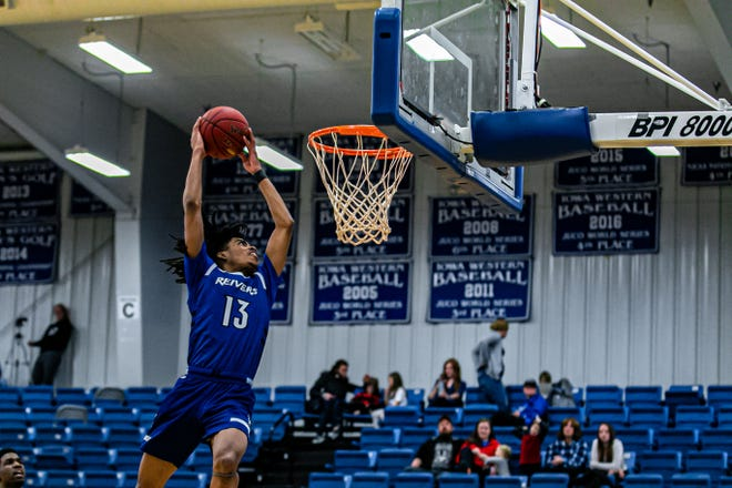 Former Lafayette High Mighty Lions guard Jalen Dalcourt will continue his basketball career on the Division I level as a member of the San Jose State Spartans.