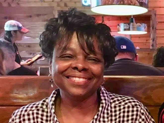 Gloria Robinson, co-owner of Nino's Southern Sides, died April 15 due to complications of the coronavirus. She was 64.