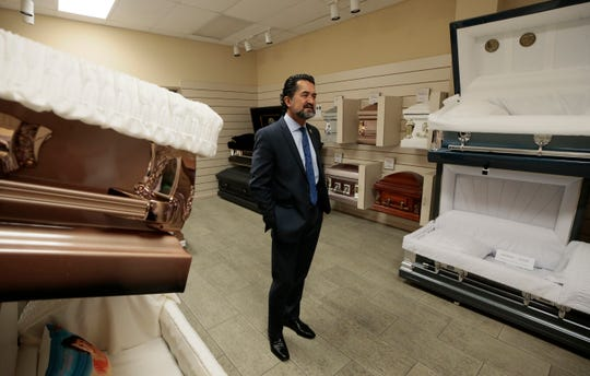 Salvador Perches is offering a 25% discount on funeral services for coronavirus victims in El Paso, Las Cruces and Juárez. Mount Carmel, Socorro and Sunset funeral homes also are participating.