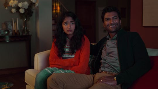 Devi (Maitreyi Ramakrishnan, left) is haunted by the death of her dad (Sendhil Ramamurthy) from a heart attack in