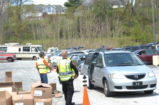 The York County Food Bank partnered with the The Well Glen Rock to host the drive thru pop-up food distribution on Saturday, April 25, 2020. Each car received one box per family. Over 300 boxes were distributed on Saturday.