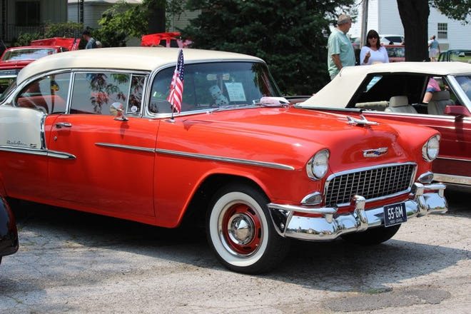 "Aiming to keep the ""Red, White and Vroom"" tradition alive, the Erie Shore Cruisers are putting the car show on wheels."