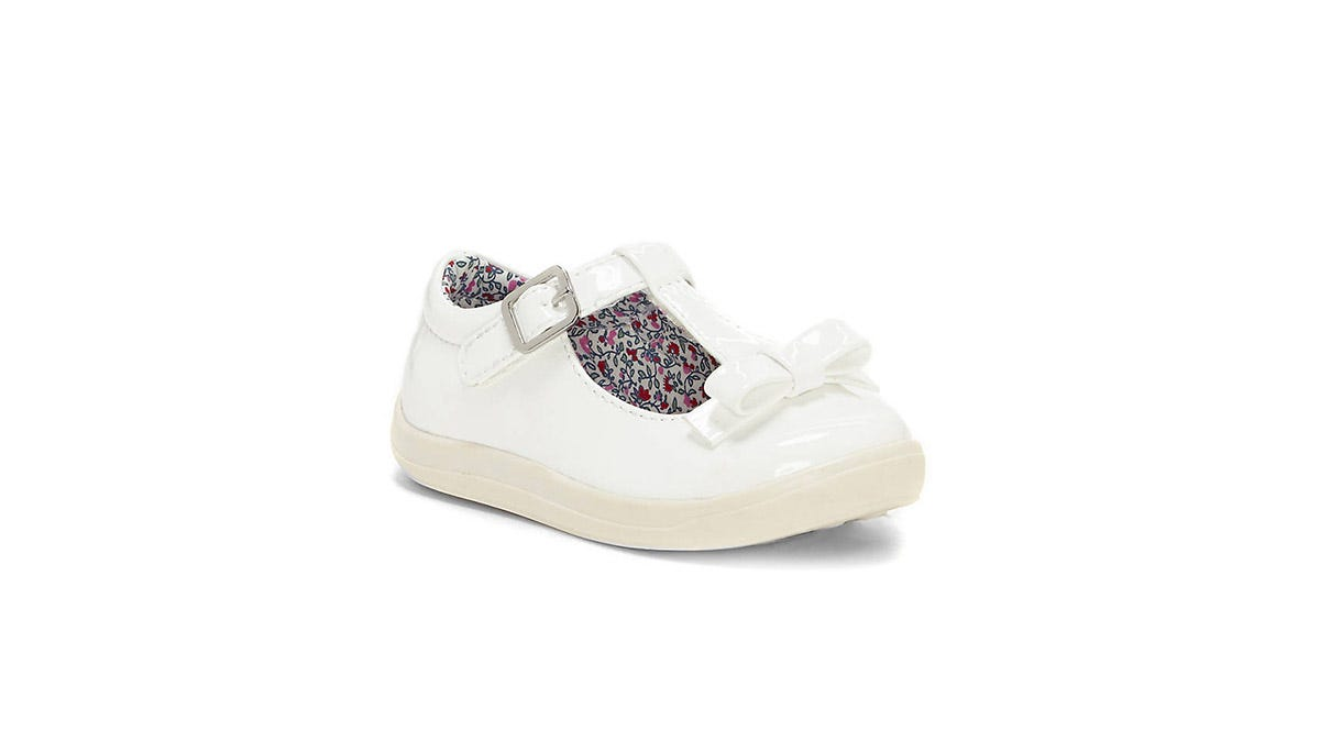 Kids' shoes on sale: Get deals on top