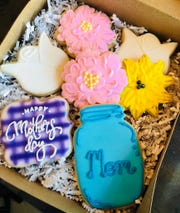 Chrissy's Confections is offering cookie boxes and letter cakes for Mother's Day.