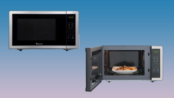 Snag this highly-rated microwave at a discount.
