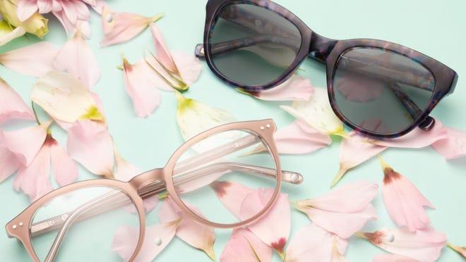 Los mejores regalos para esposas 2020: anteojos de GlassesUSA.