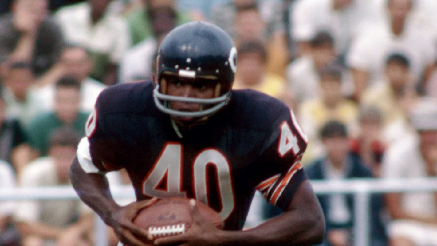 Chicago Bears legend and Hall of Fame running back Gale Sayers dies at 77 thumbnail