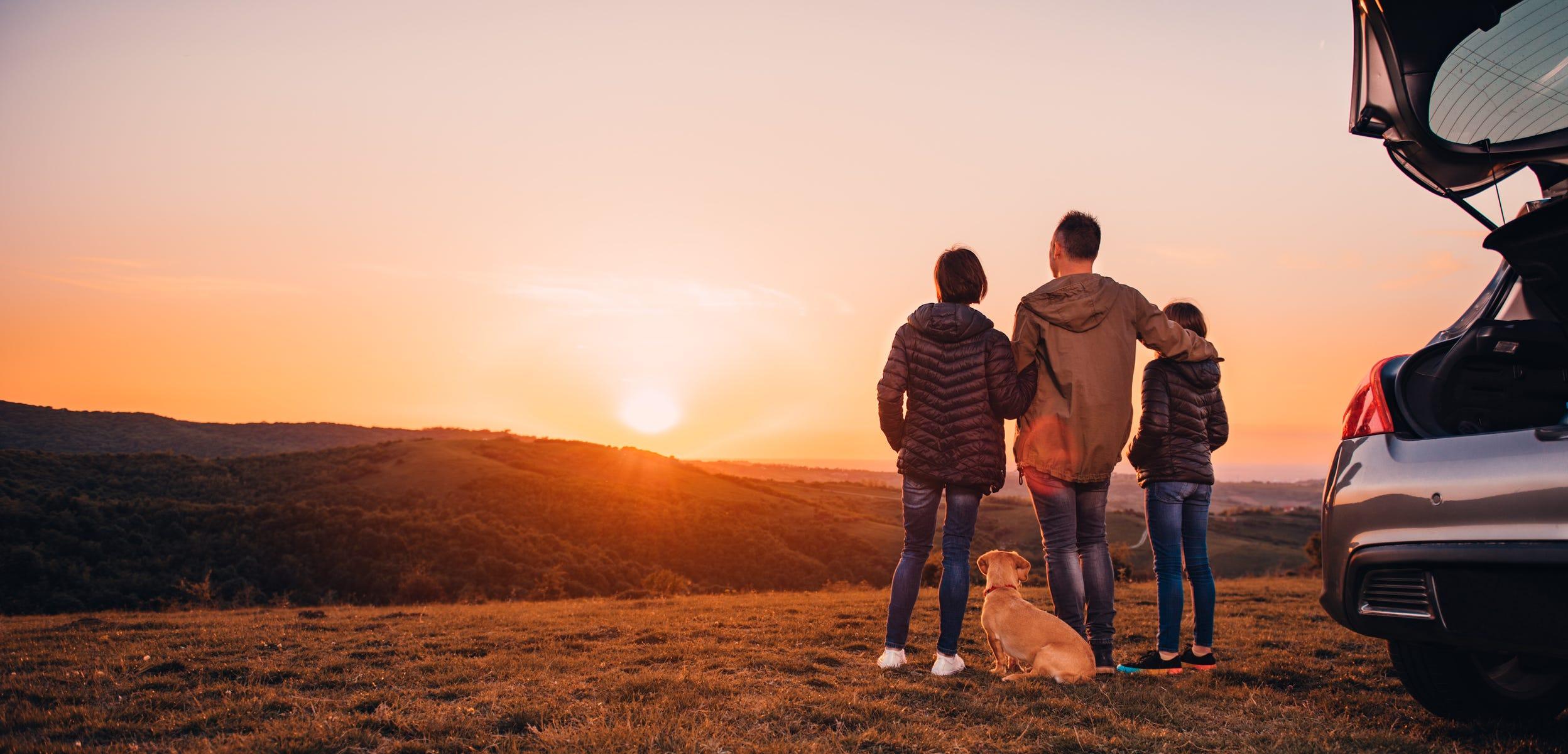 Americans torn between taking vacation and avoiding coronavirus, surveys find