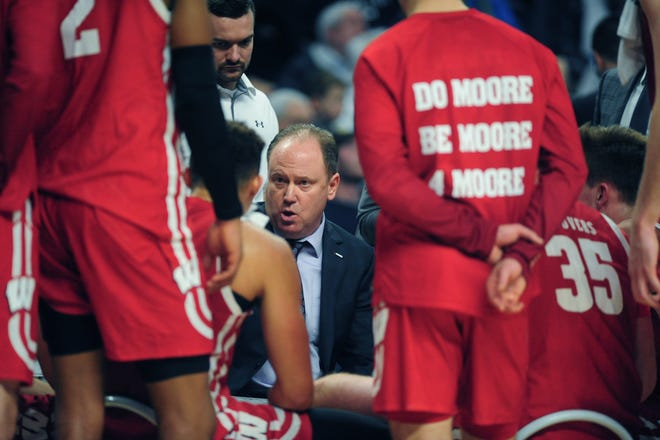 Badgers basketball coach Greg Gard will have to break out his favorite Hawaiian shirt when his  team travels to play in the 2021 Maui Invitational.