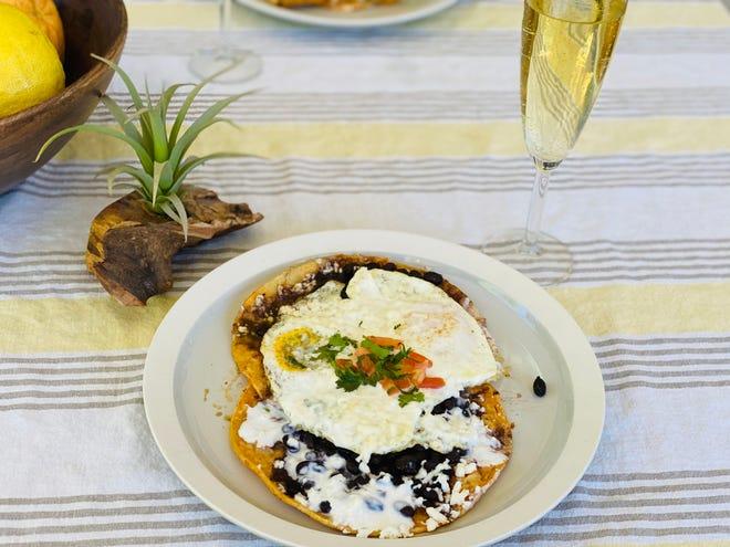 The huevos rancheros at Los Sombreros.