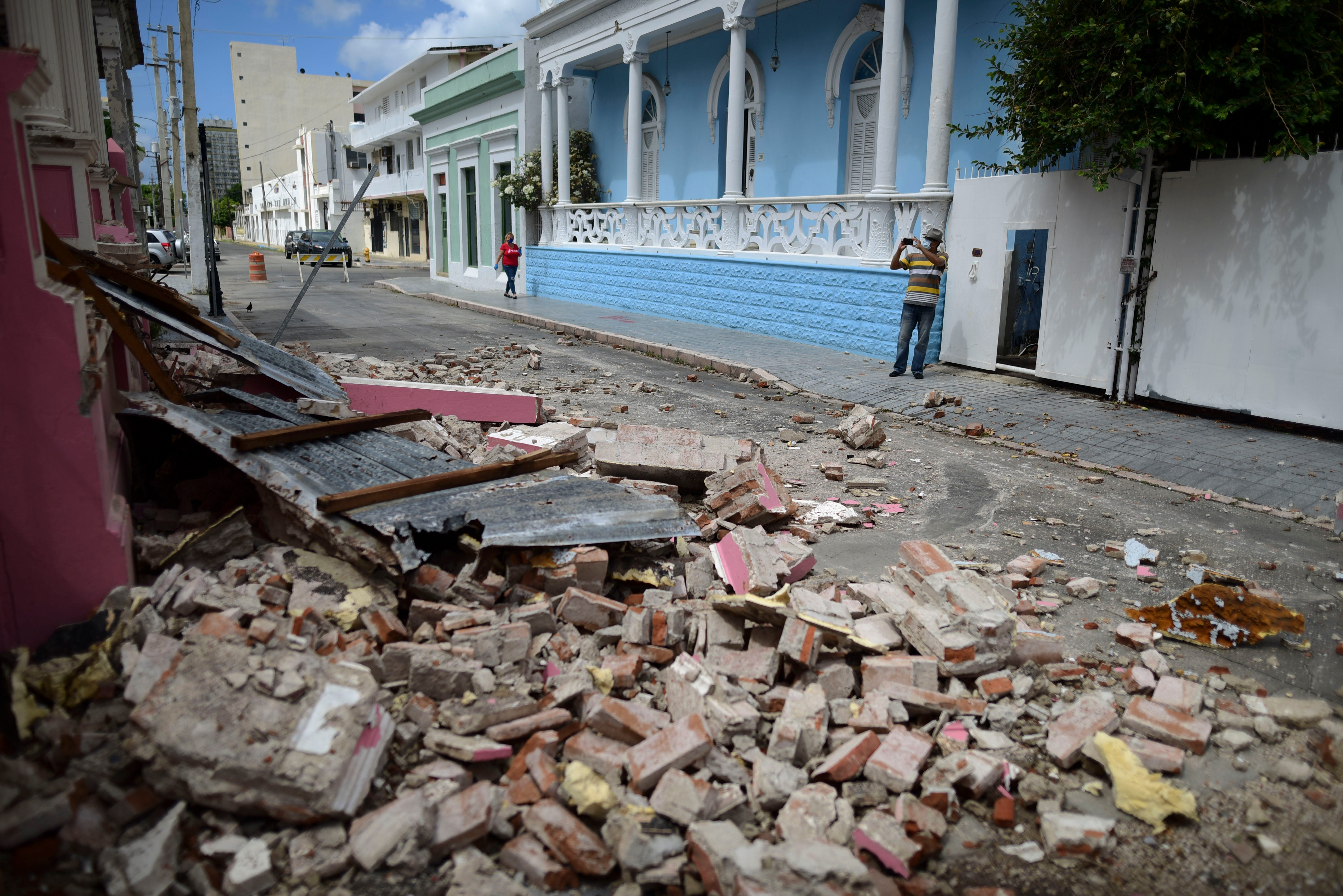 Puerto Rico Earthquake Island Hit By 5 4 Quake Power Outages