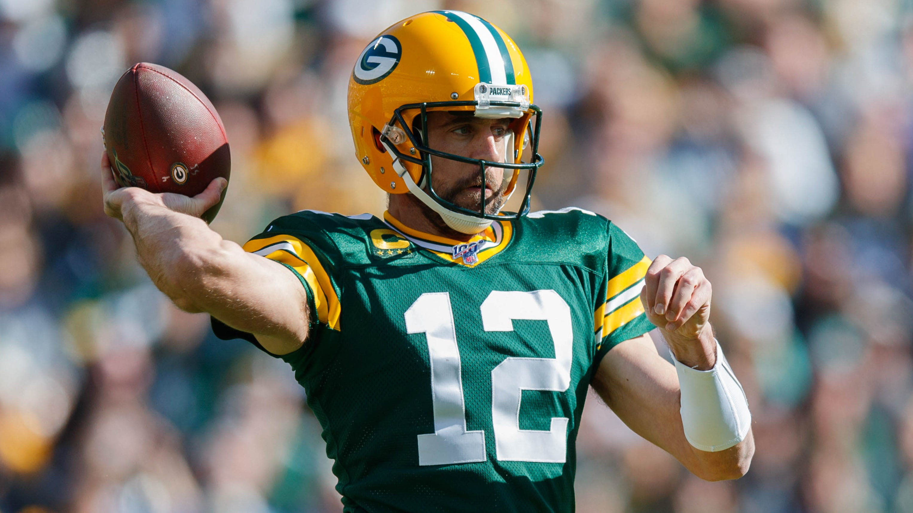 Aaron Rodgers Won T Be Leaving Green Bay Packers Any Time Soon
