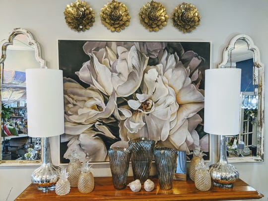 Final Touch Designs in downtown Rochester has shopping options that include shipping products from their online store, curbside pickup, and local delivery within a 10 mile radius of downtown Rochester.
