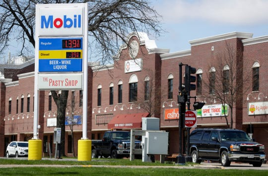 The Mobil gas station on Reid Street in De Pere was advertising regular gas at $1.40 per gallon Monday.