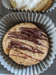 Peanut Butter Cookies with Scotcheroo Glaze