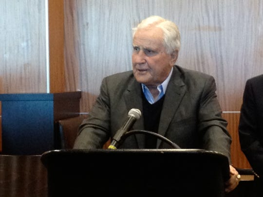 Former Miami Dolphins coach Don Snula speaks at the 2012 grand opening of Shula's Bar & Grill at the Southwest Florida International Airport.  Shula died on Monday, May 4, 2020.