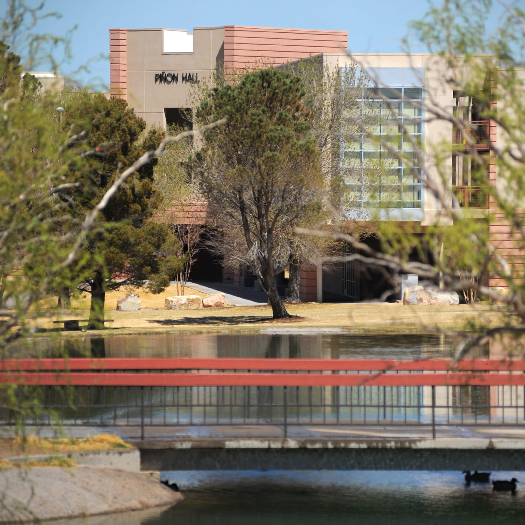 New Mexico State University Assists With Student On Campus Housing