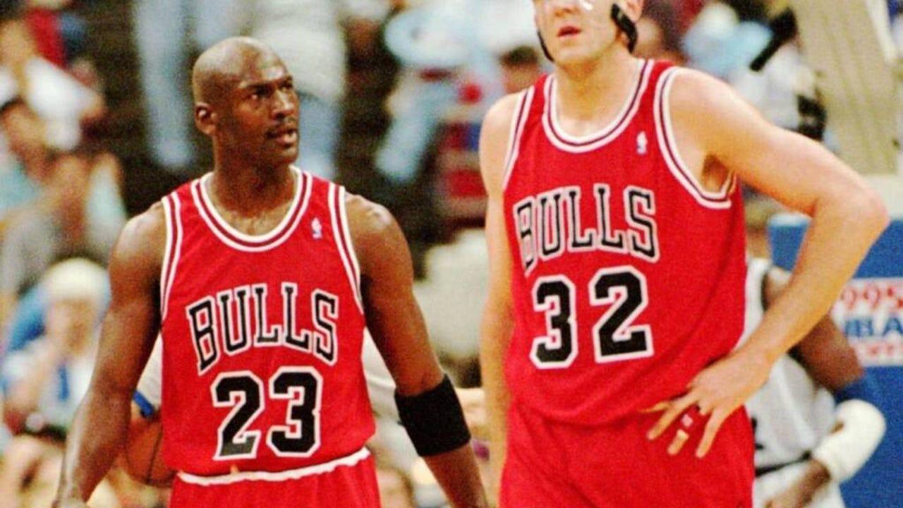 Categoría Llevar nativo  Michael Jordan, Bulls practice fights happened 'numerous' times
