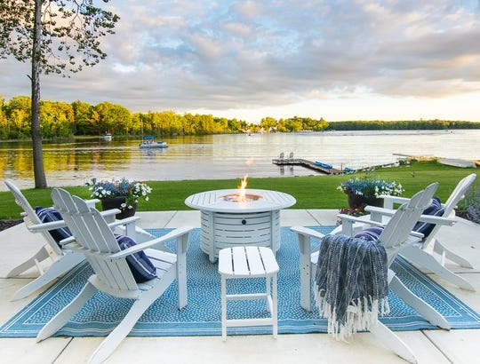 Kelly Rinzema blogs about design and lake living in Michigan in her blog, Lily Pad Cottage.