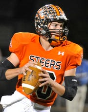 Robert Lee's Justin Gartman looks downfield during the Steers' 2012 first-round playoff game against Trent.