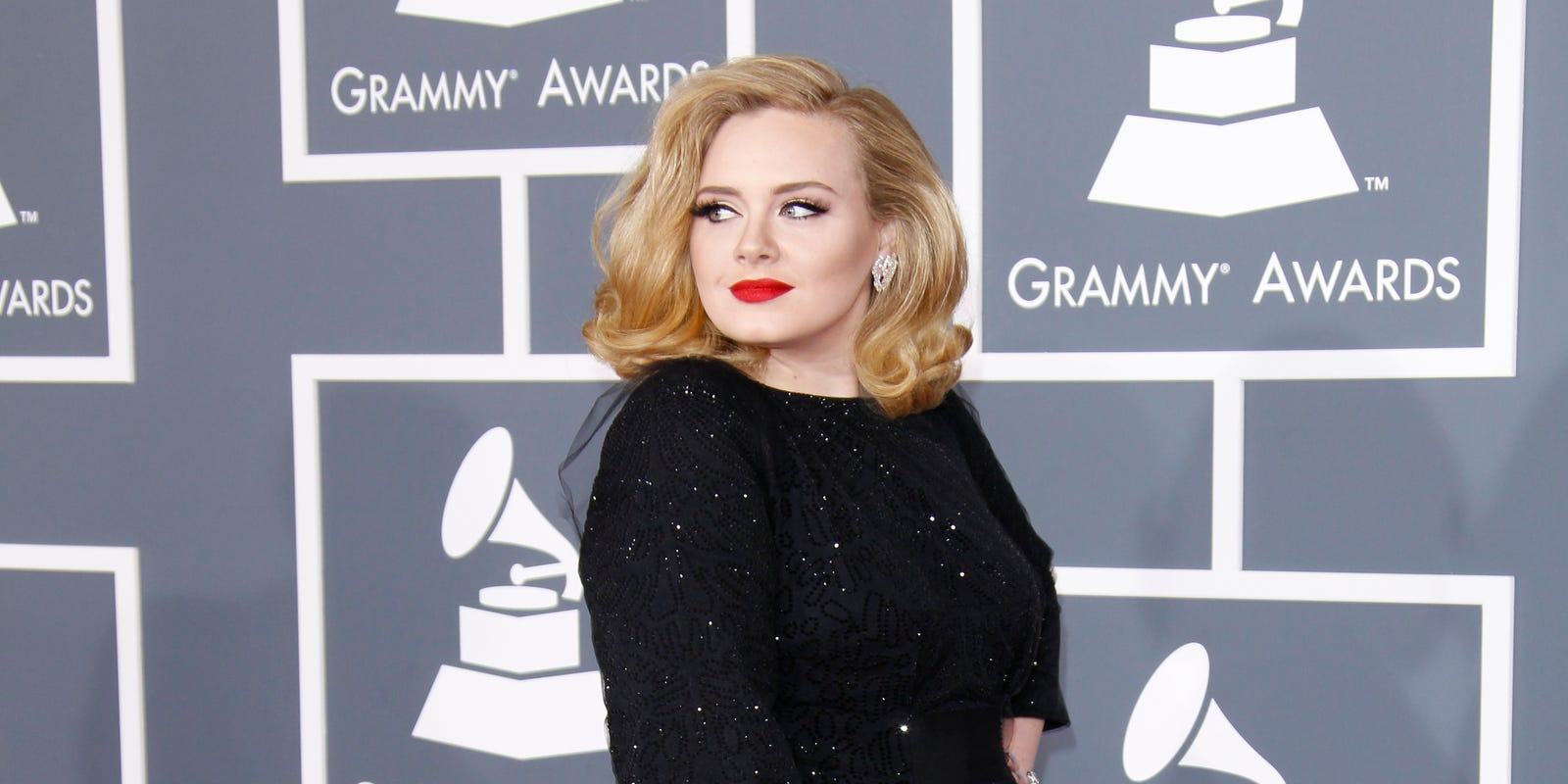 Adele Stirs Controversy Wearing Bantu Knots In Latest Instagram Post