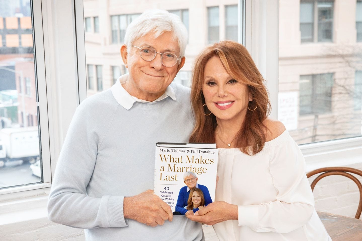 Marlo Thomas, Phil Donahue explore  secret sauce  of marriage with celeb couples in new book