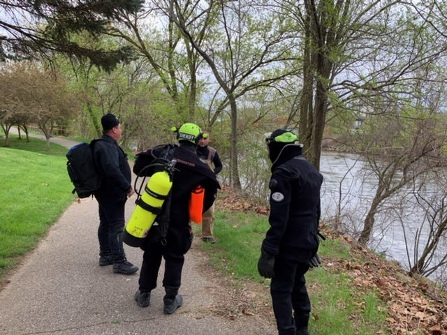 Divers from ALURT (Area Law Enforcement Underwater Recovery Team) worked about 90 minutes before dark Monday and 11 hours on Tuesday in search of an Olivet man who disappeared in the Kalamazoo River.