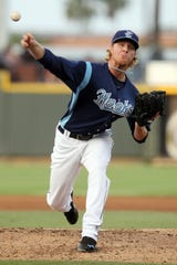Hooks pitcher Mike Foltynewicz pitches Whataburger Field in Corpus Christi in 2013