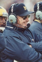 In early 1982, Michigan head football coach Bo Schembechler faced a tough decision about his coaching future.