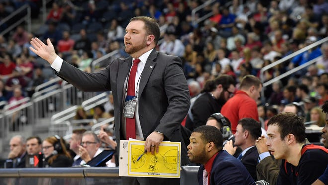 Former USI men's basketball assistant coach Brent Owen has landed his first collegiate head coaching job at Eastern New Mexico University.