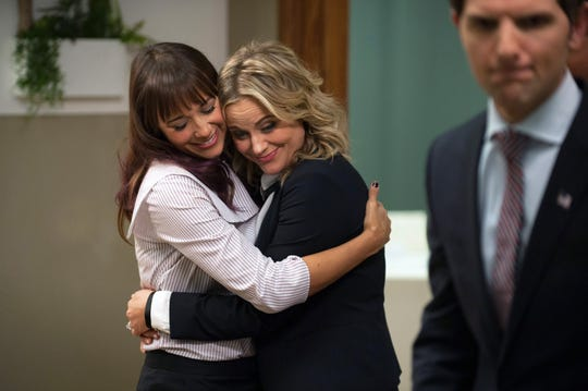 """Rashida Jones as Ann Perkins and Amy Poehler as Leslie Knope in """"Parks and Recreation."""""""