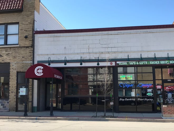 The Walker's Point craft-beer tavern Camino is opening a second location, at 7211 W. Greenfield Ave., West Allis, in the former Crimson Club. It could open for takeout by Memorial Day.