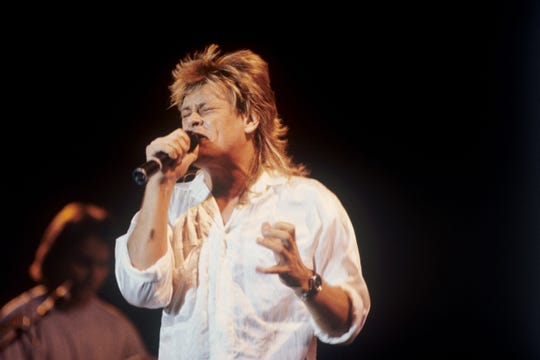 Brian Howe performs with Bad Company in 1987 in Munich, Germany.
