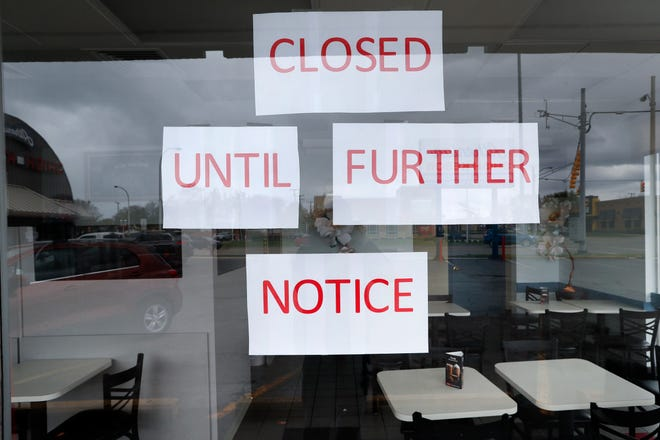 Vasi's Cafe is shown closed in St. Clair Shores on Friday, May 8, 2020. Many restaurants have closed due to the coronavirus pandemic.
