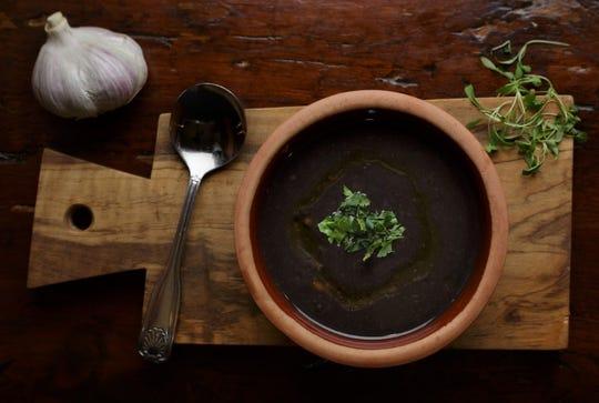 Samba's black bean soup
