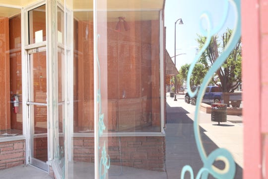 The store front of the former Simply Bello Kitchen Shoppe in downtown Artesia on May 8, 2020. State Sen. Gregg Fulfer (R-41) said public health measures instituted by Gov. Michelle Lujan Grisham have impacted small businesses across New Mexico.