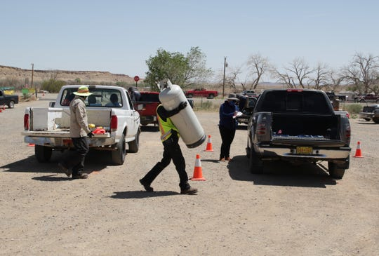 Navajo Nation Oil and Gas Company and Nations Gas Technologies Inc. organized a free propane refill service for community members on May 8 at the Tsé Alnaozt'i'í Chapter house in Sanostee.